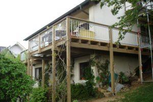 Balkon mit Terrasse
